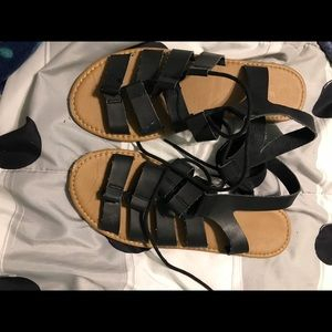 Shoes - Black strapped sandals
